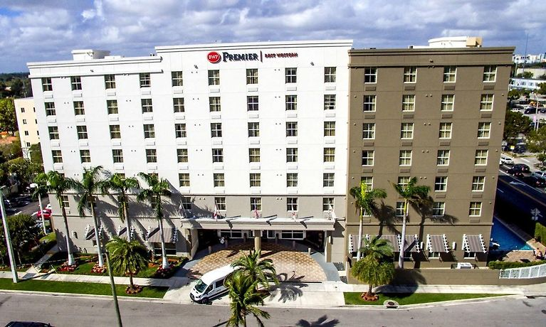 Best Western Premier Miami International Airport Hotel Suites